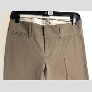 Banana Republic Stretchy Sloan Fit Taupe Pant - 4L